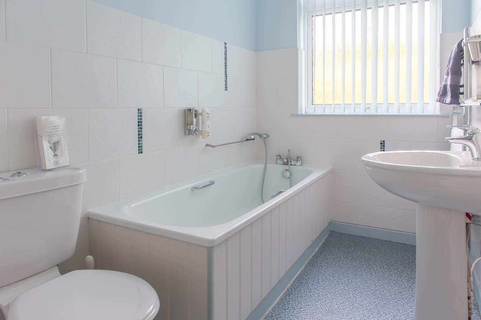 The Bluff Kestrels Bathroom
